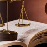 SUSPENSION EJECUCION HIPOTECARIA POR CUESTION PREJUDICIAL SOBRE VENCIMIENTO ANTICIPADO.